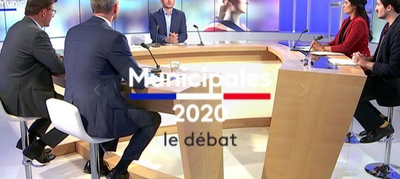 le plateau du débat pour Cherbourg-en-Cotentin animé par Sylvain Rouil • © FTV